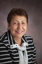 Dr. Luz Alvarez